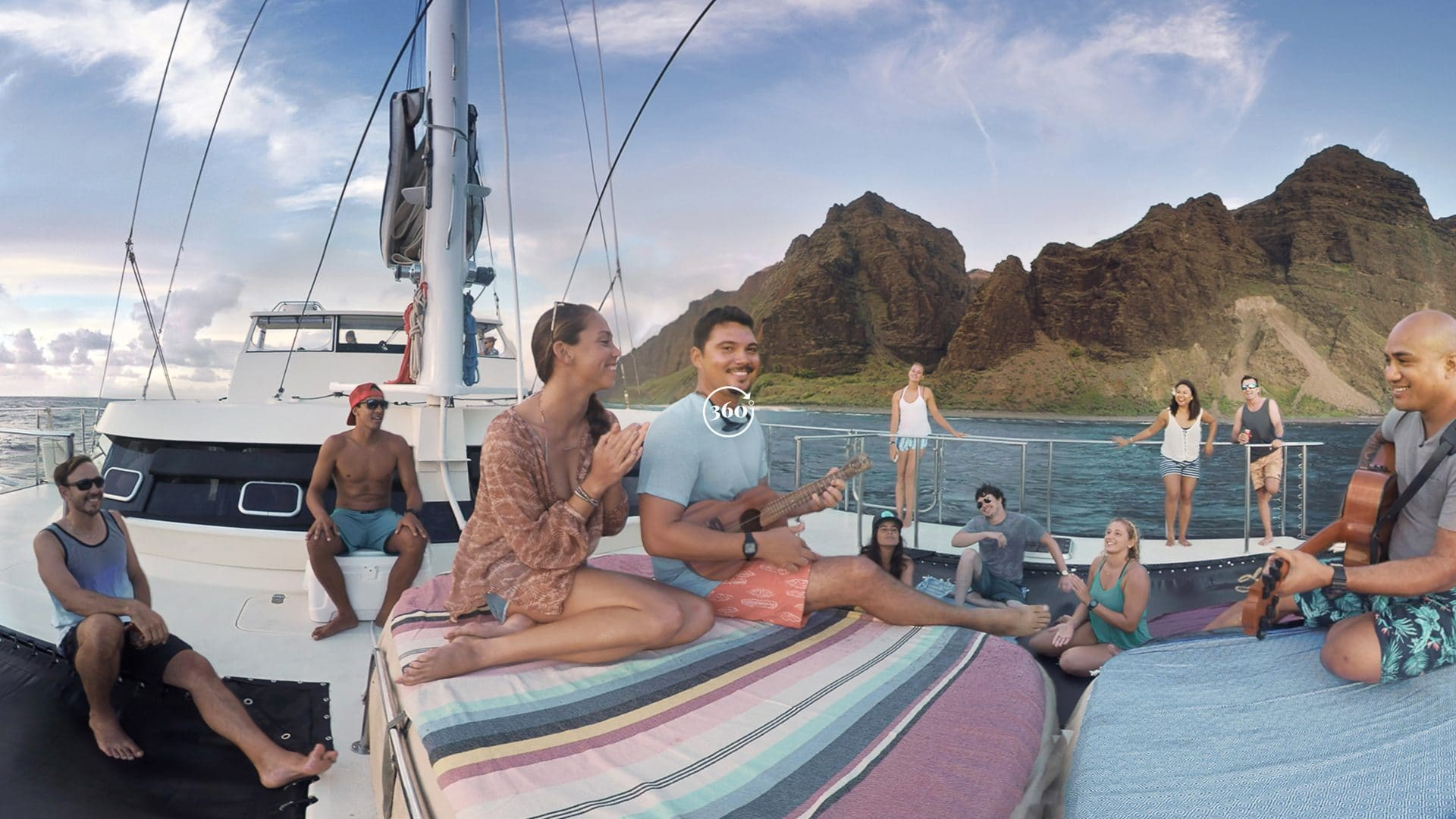 Hawaii VR 360 Catamaran